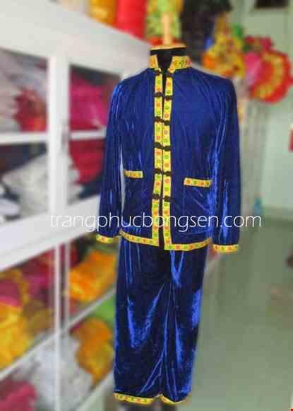 Cho thue Trang phục dân tộc Tày nam, vải nhung xanh biển, nút vải.
