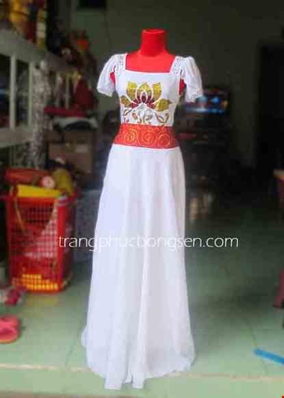 Cho thue Đầm múa dài cổ vuông, tay bèo màu trắng