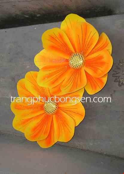 Cho thue Hoa xốp nhỏ màu vàng