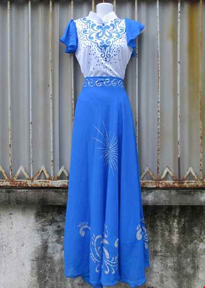 Cho thue Đầm múa biển đảo áo váy rời
