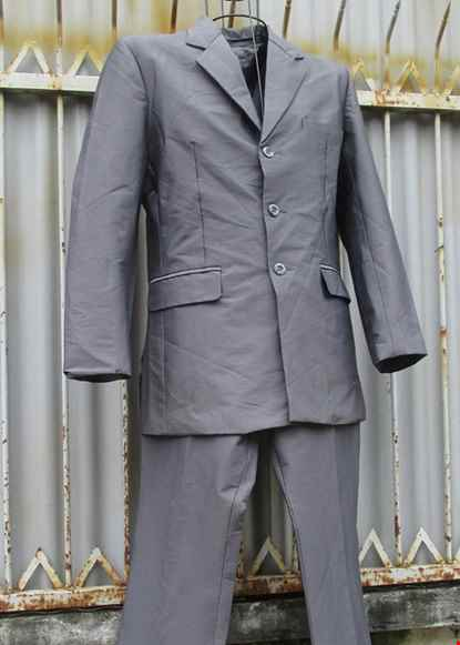Cho thue Bộ áo vest nam màu xám