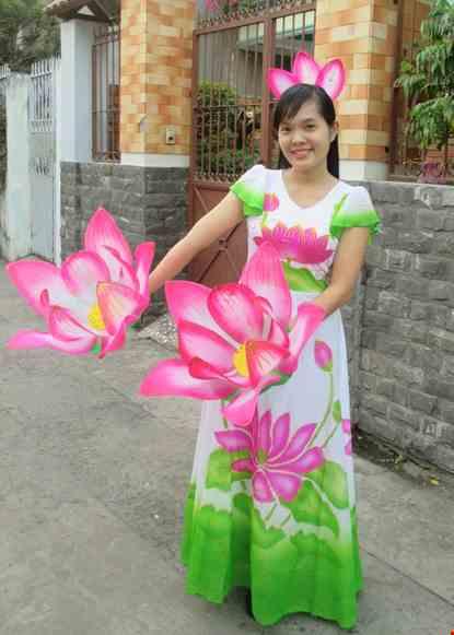 Cho thue Đầm múa sen tay cánh tiên váy xòe rộng