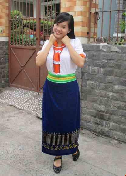 Trang phuc dan toc Thai