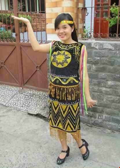 Trang phuc dan toc Tay Nguyen