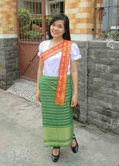Trang phuc nuoc Lao