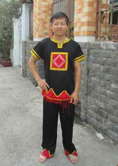 Trang phuc Tay Nguyen
