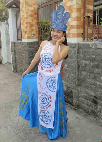 Trang phục mua Au Lac
