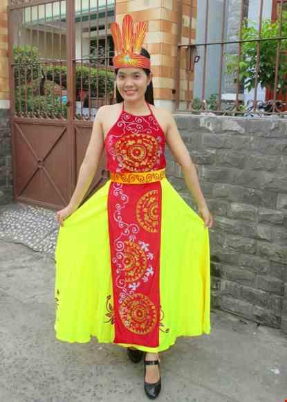 Trang phuc mua Au Lac
