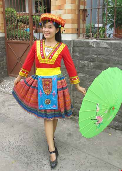 Trang phuc dan toc Meo / H'Mong