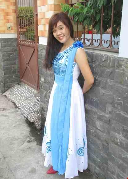 Cho thue Váy múa hiện đại thân kim sa xanh chéo vai