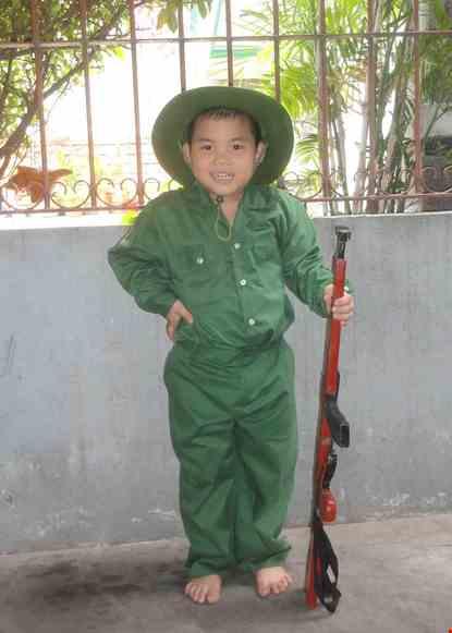 Cho thue Trang phục bộ đội trẻ em