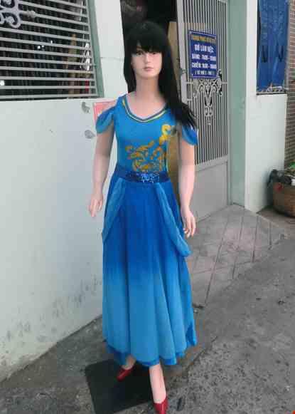 Cho thue Đầm múa hiện đại xanh biển áo đai dài rời