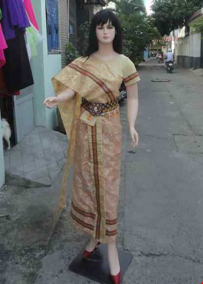Cho thue Trang phục truyền thống Thái Lan nữ màu vàng