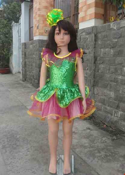 Cho thue Đầm múa mầm non thân kim sa xanh lá bèo cổ váy hồng