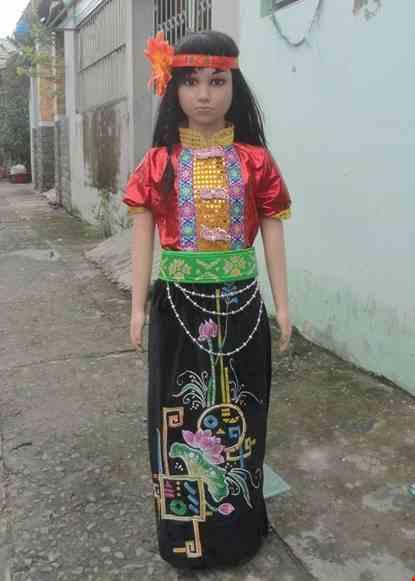 Cho thue Trang phục dân tộc Thái mầm non nữ áo nhung đỏ váy đen