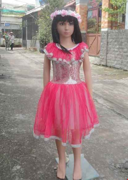 Cho thue Đầm múa kim sa hồng cổ bèo