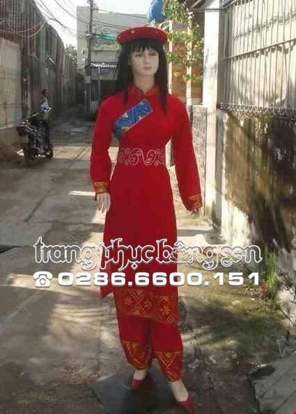 Cho thue Trang phục dân tộc Tày nữ voan đỏ vẽ kim tuyến