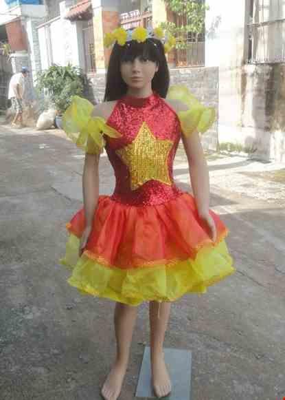 Cho thue Váy múa trẻ em kim sa đỏ vàng ngực sao vàng