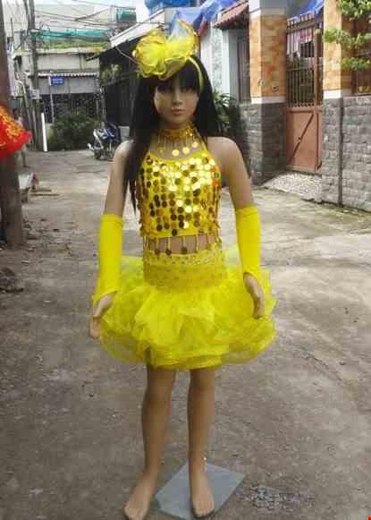 Cho thue Đồ nhảy hiện đại trẻ em áo váy kim sa vàng