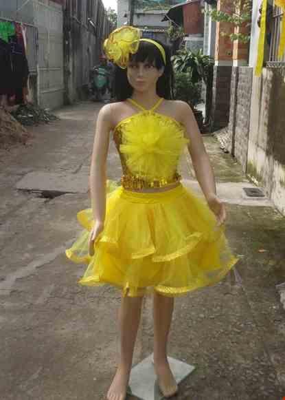 Cho thue Áo váy múa trẻ em kim sa vàng bông to