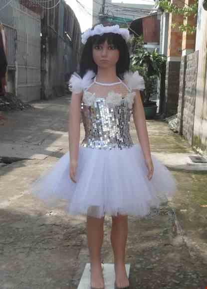 Cho thue Váy múa mầm non kim sa trắng kết hoa trắng