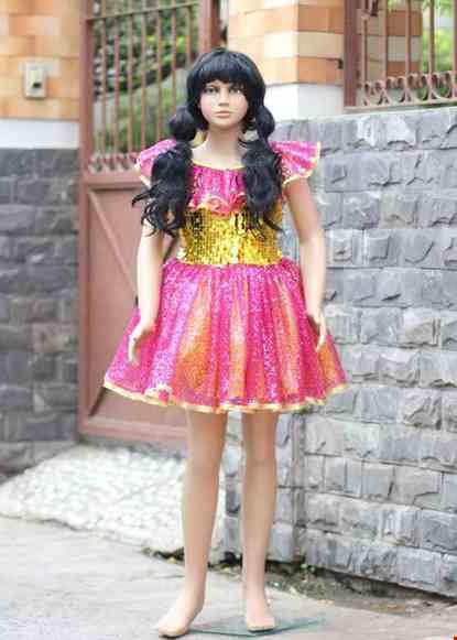 Cho thue Đầm múa trẻ em kim sa vàng váy hồng cổ bèo