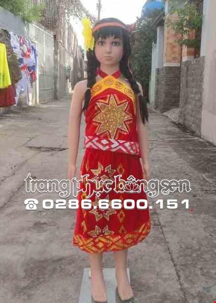 Yếm váy Tây Nguyên mầm non nhung vàng