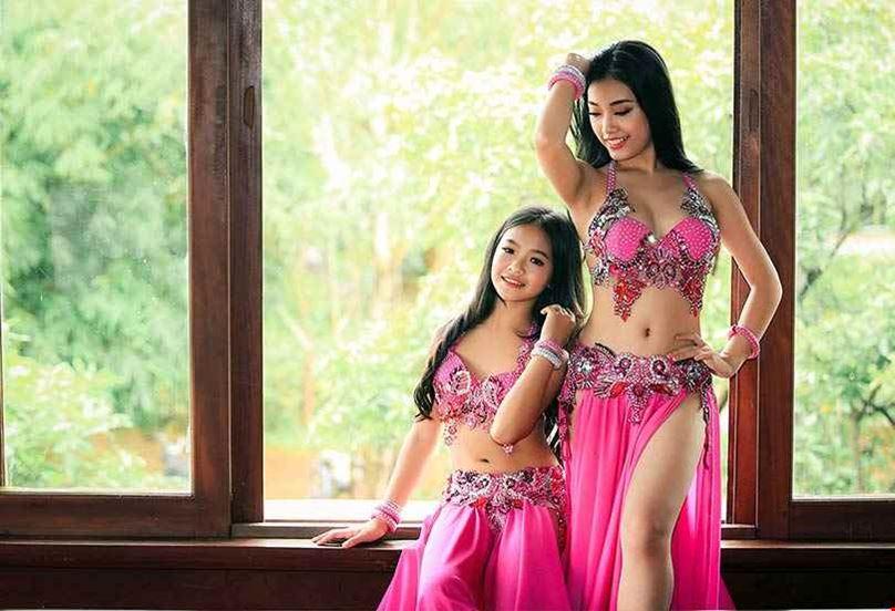 Kinh nghiệm chọn thuê trang phục múa Alibaba